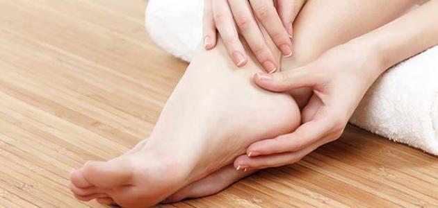 طرق علاج تعرق القدمين