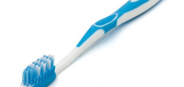 كيفية اختيار فرشاة الأسنان المناسبة