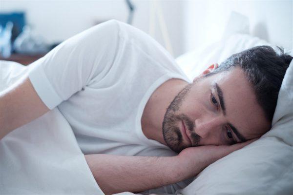 الارق واضطرابات النوم .. الأسباب والعلاج