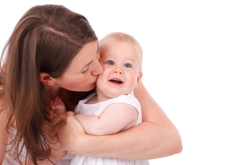 كيف اعرف اني حامل بدون تحليل ؟ أعراض الحمل المبكرة